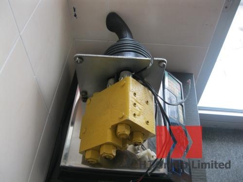 Клапан управления с джойстиком в сборе для погрузчика XCMG ZL30G